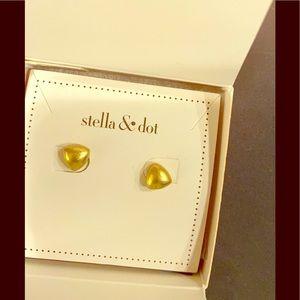 Stella and Dot Maika Studs New in Box